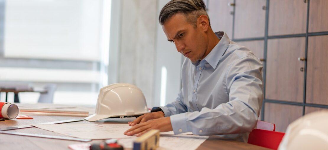 engenheiro-trabalhando