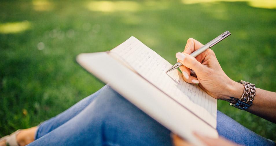Journaling with Lorelei Brush