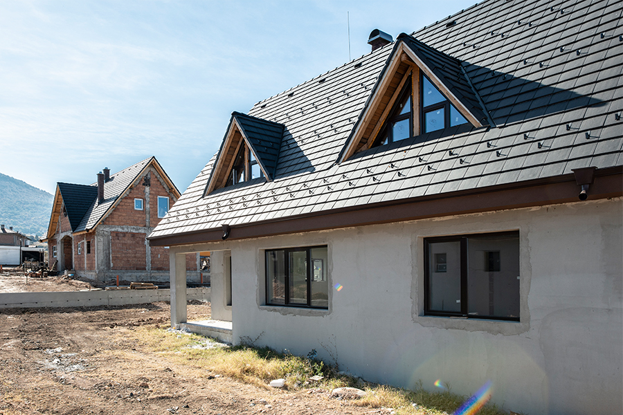 Essential Factors to Consider When Choosing a New Roof