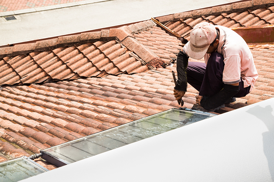 Proactive vs. Reactive Roofing Maintenance