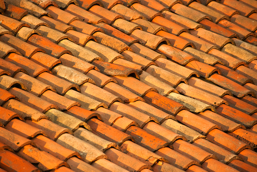 DIY: Cleaning Your Arizona Roof
