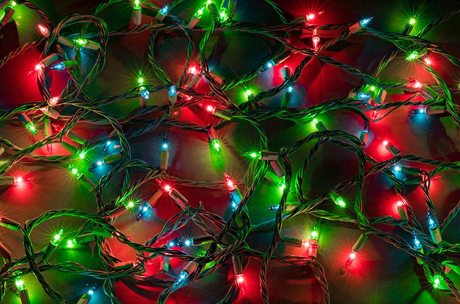 3 Tips For Hanging Holiday Lights For Santa's Safe Delivery