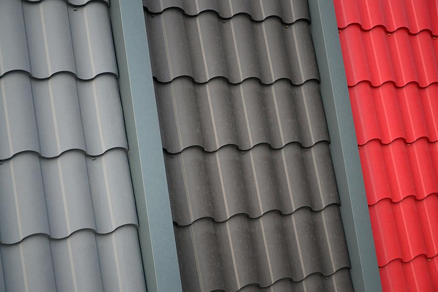 4 Key Factors When Choosing A Metal Roof Color