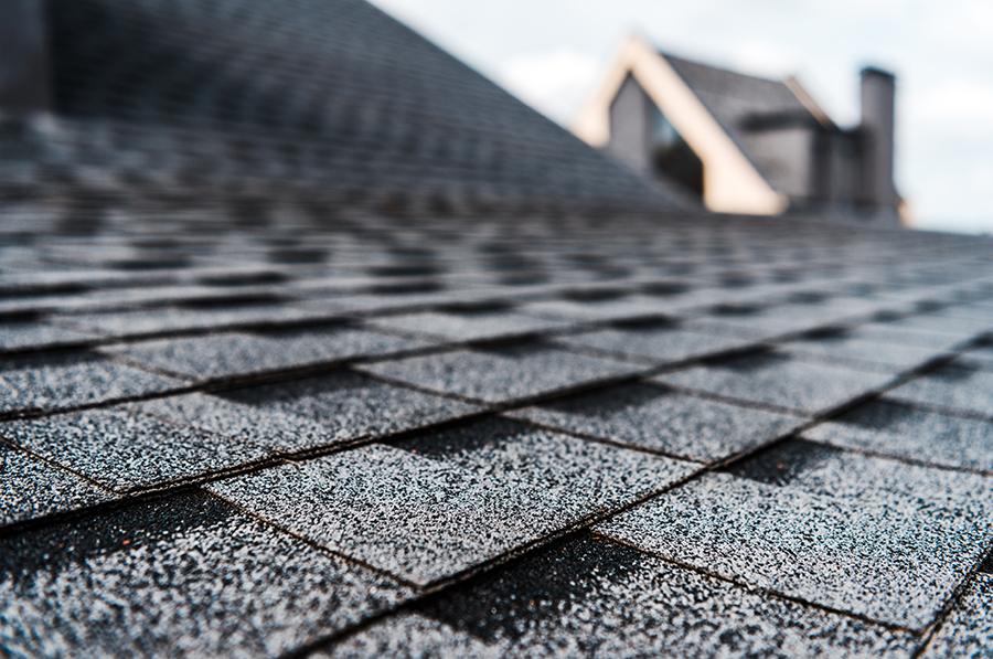 How Long Do Shingle Roofs Last In Arizona?