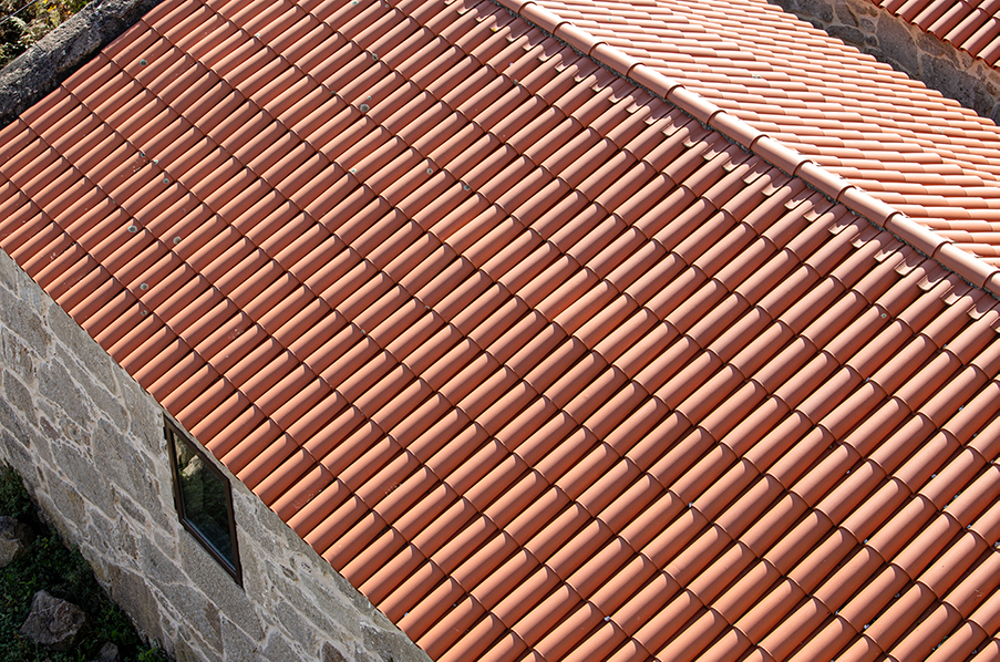 Why Do So Many Homes In Arizona Have Tile Roofs?