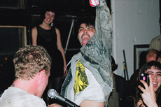 Retail Inspire a Post-Punk Hangover at a DIY Show in Bushwick