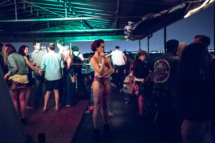 PretextSocialClub-HighWaisted-BoozeCruise-photoby_CameronKellyMcLeod-IMG10