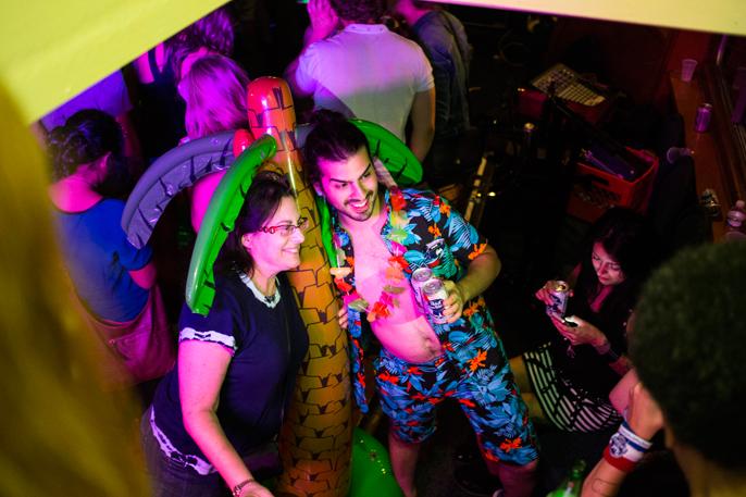 PretextSocialClub-HighWaisted-BoozeCruise-photoby_CameronKellyMcLeod-IMG12