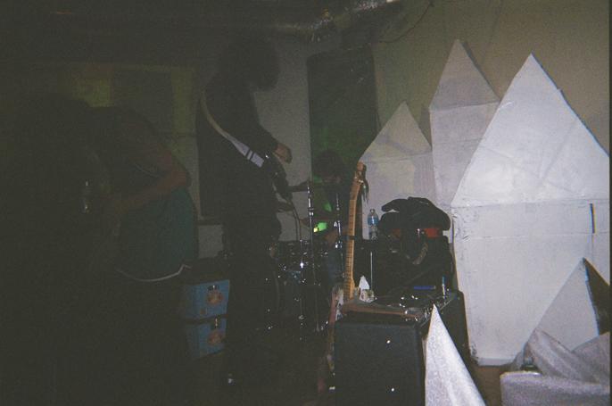 Pretext_Social_Club-Slackgaze_Occulus_Art_Collab-Aug_20_2014-Turnip_King-photo_by_Jessica_Straw-IMG01