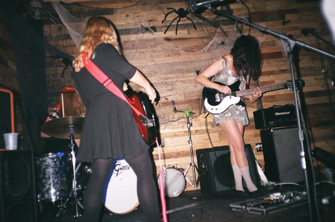 Pretext_Social_Club-CMJ-Sharkmuffin-Pine_Box_Rock_Shop-Bushwick_Brooklyn-photo_by_Jessica_Straw-IMG1