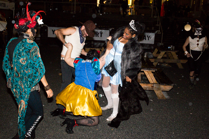 Pretext_Social_Club-Halloqueen-PS1-photo_by-Cameron_McLeod-IMG_46