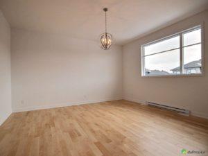 salle-familiale-maison-neuve-a-vendre-mirabel-domaine-vert-nord-quebec-province-1600-8496252