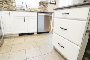 Philly cabinet painter
