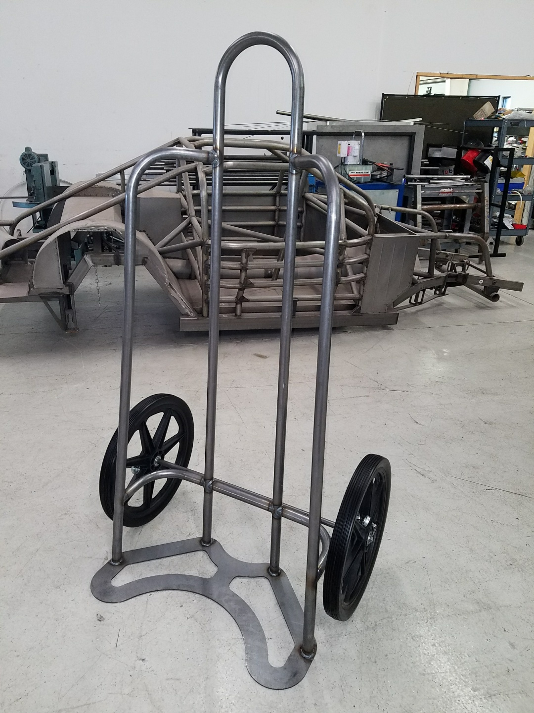 NEW CTW TIRE CART