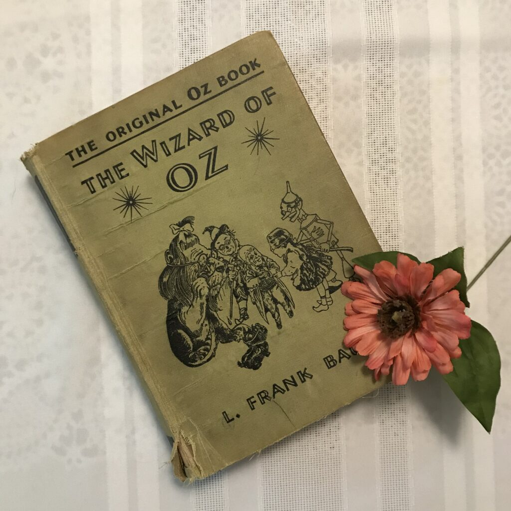Vintage book photo: The Wizard of Oz, by L. Frank Baum (1939 edition, no dust jacket)