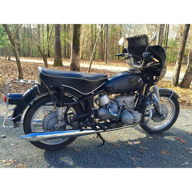 FOR SALE: 1962 #BMW #r69s Stoked to help @mikewolfeamericanpicker sell this piece of rolling history. #rustygold #bmwmotorcycles  click link below to get details:  http://apexcycleshop.com/motorcycles/for-sale-american-pickers-1962-bmw-r69s/