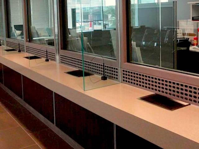 bank-teller-glass