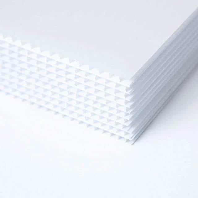 white-coroplast