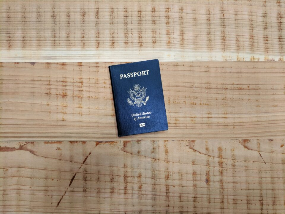 immigration-attorney-visas-green-card-immigrants-lawyer