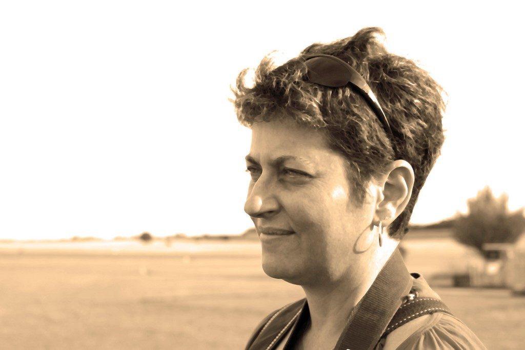 Nathalie Laoué portrait in sepia