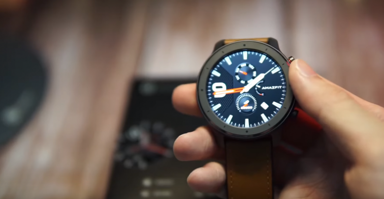 Xiaomi Huami Amazfit GTR 42 mm with AMOLED DISPLAY and 64-Days Battery Life