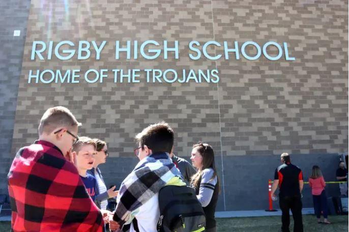 Sixth Grade Girl Shoots 3 People at School