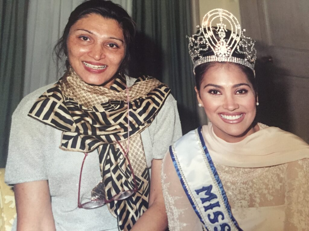 Sathya Saran with Lara Dutta