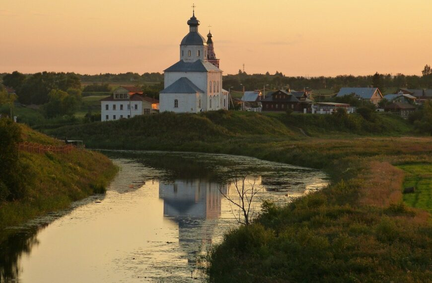 Suzdal, the fairy-tale town in Russia