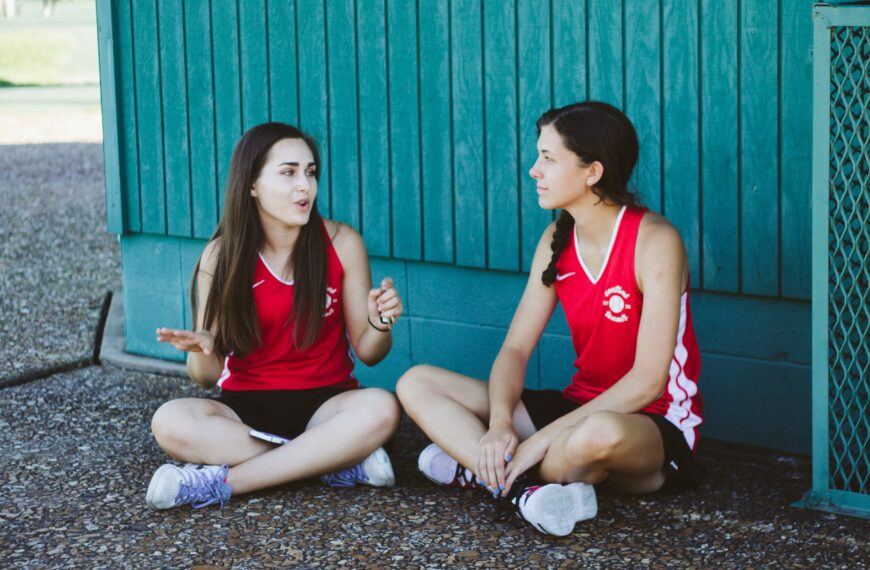 Why Best Friends Are Not Best Therapists