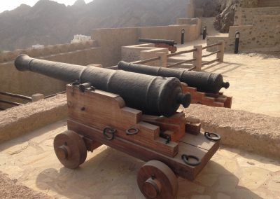 Cannon on new carriage at Mutrah