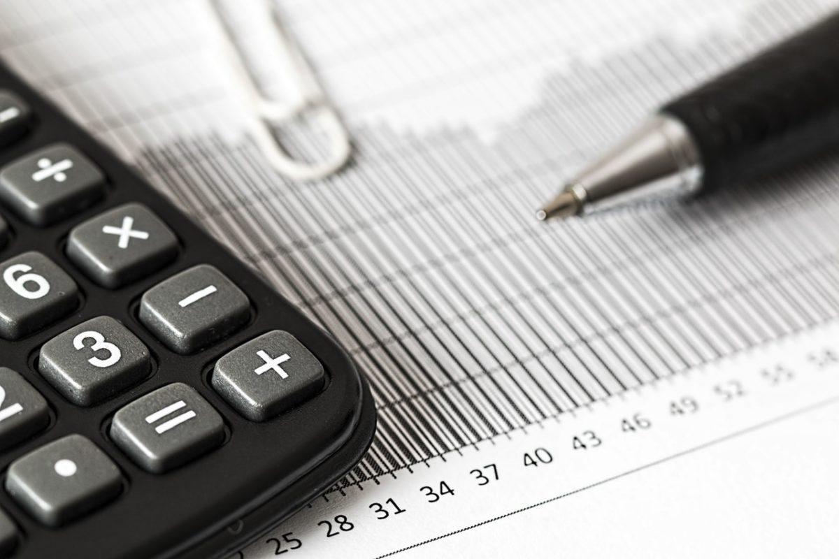 tax accountant analytics balance   Lift CPA Vancouver