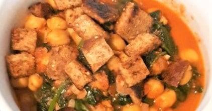 Espinacas con Garbanzos (Spinach and Chickpeas) recipe
