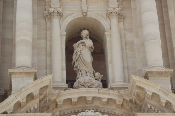 One of the statues in the facade of the cathedral (Photo: Brent Petersen)