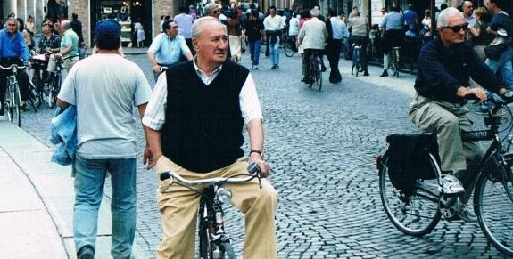 The Italian town that does the evening stroll on two wheels