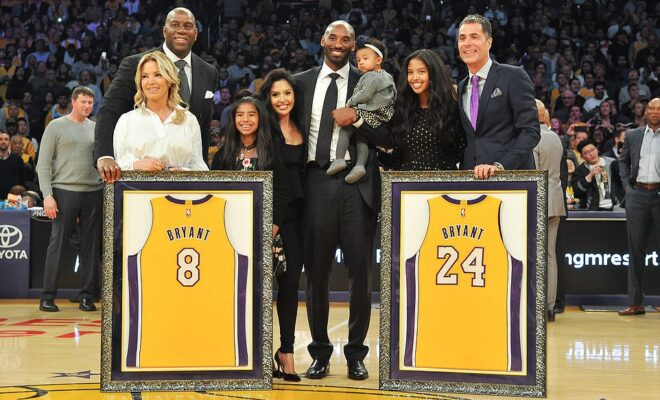Kobe Bryant , the Laker Legend, Dies In Helicopter Crash AlongSide His Daughter and the World Reacts