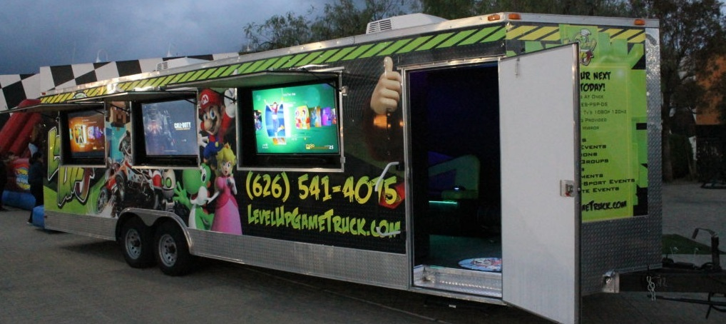 Arcade Truck for birthday parties outside