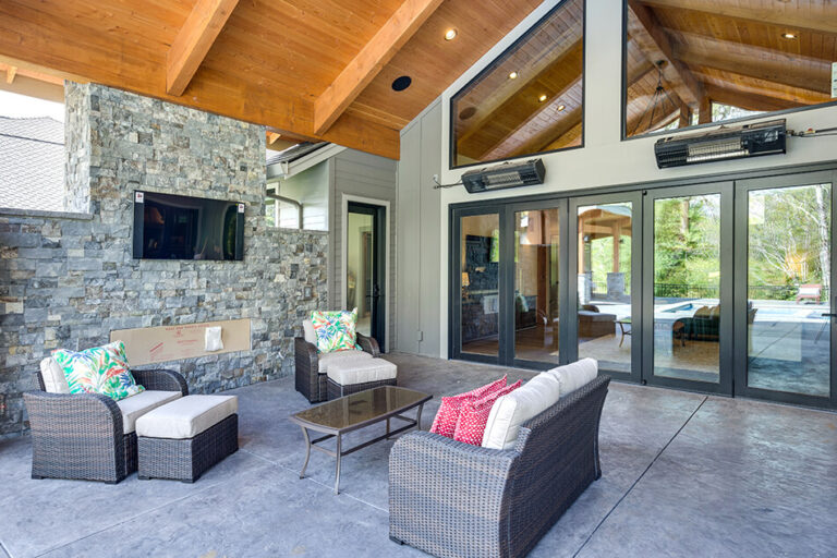 Timberline backyard patio