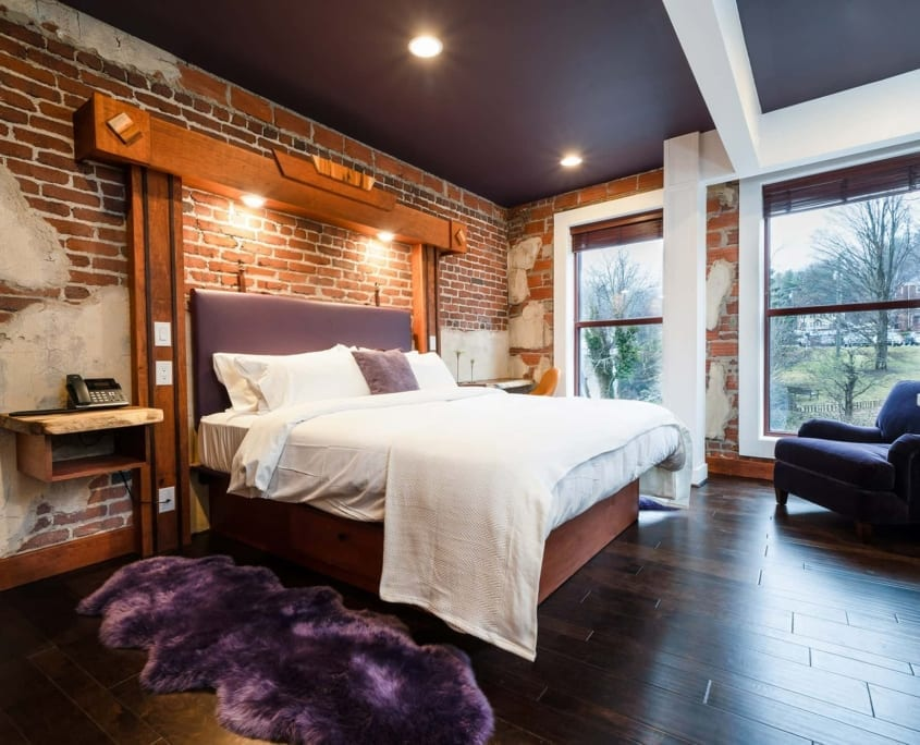 Downtown hotel with luxury suites