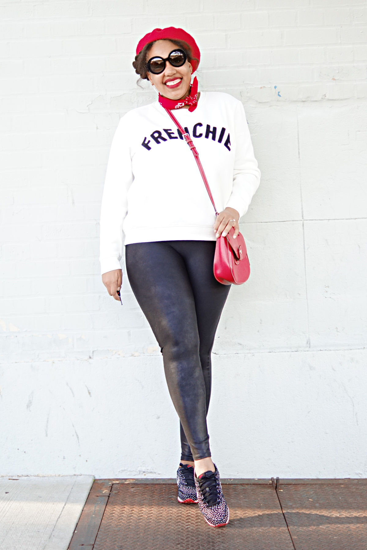 how to wear a sweatshirt, mom style, casual fashion, nyc fashion blogger