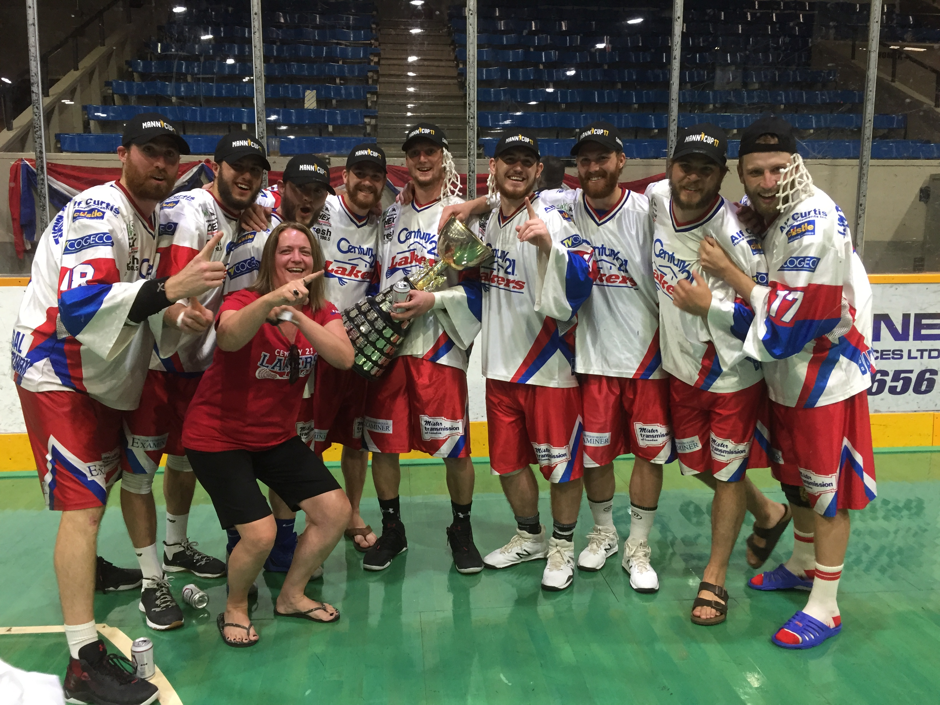 Peterborough minor lacrosse graduates with the Mann Cup (and Turner Evans' mama!) Photo: Anna Taylor