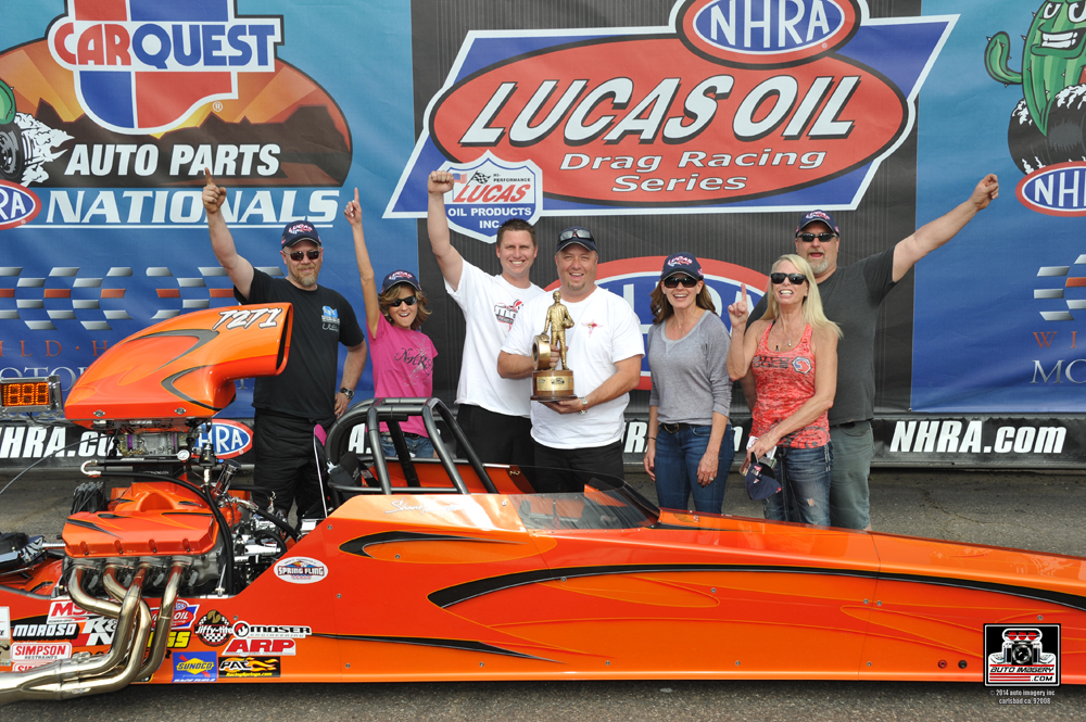 Shane Thompson, Super Comp Winner at the NHRA CARQUEST Auto Parts Nationals