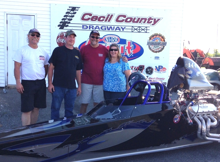 Don Bangs Wins Mid Atlantic Super Comp Association's Race with Dragster built by Russ Farmer and Race Tech