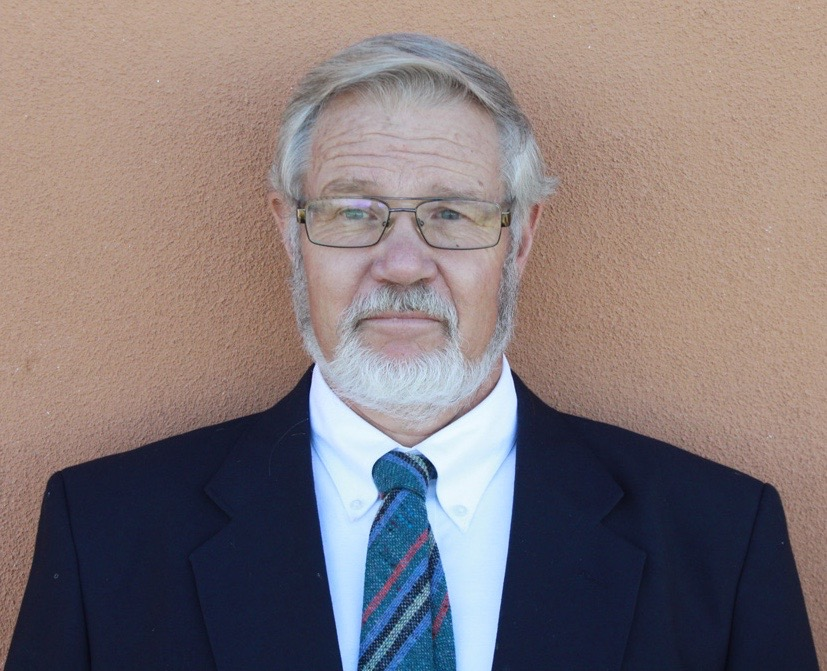 Dr. Eric Karlstrom