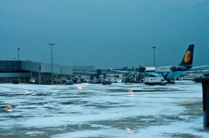 airport storm picture
