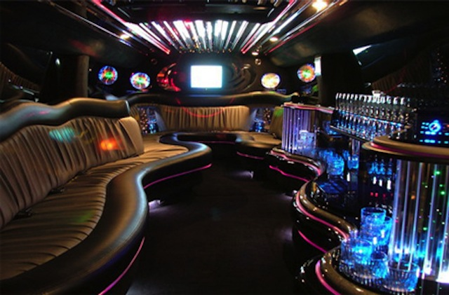 CT Hummer Limo Sexy Interior picture
