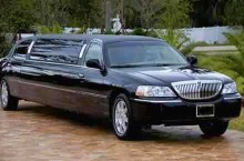10-passenger-lincoln-stretch-limousine