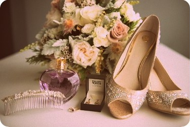 Image-of-Connecticut-wedding-must-haves
