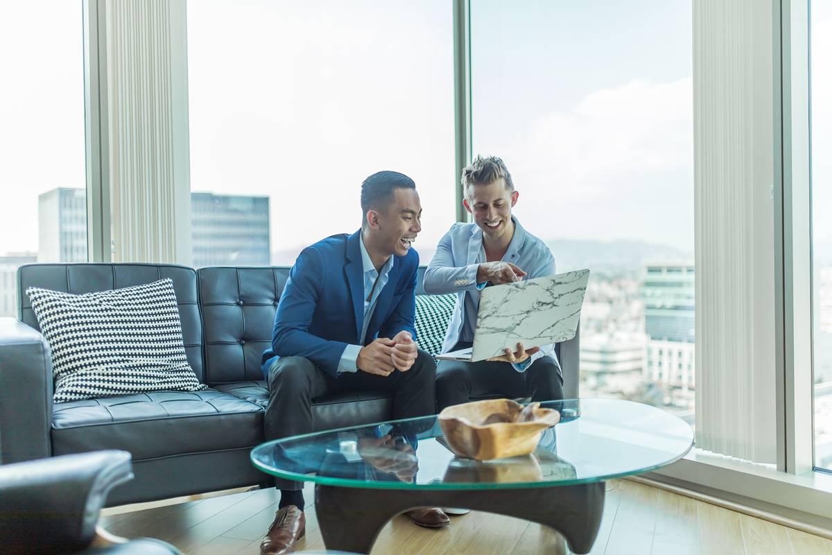 Turnaround Consulting - Financial WordPress Theme