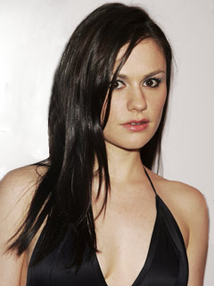 """To quote Jacobim Mugatu - """"I feel like I'm taking crazy pills!"""" I like True Blood and I don't mind Anna Paquin naked, but she really is not that attractive."""
