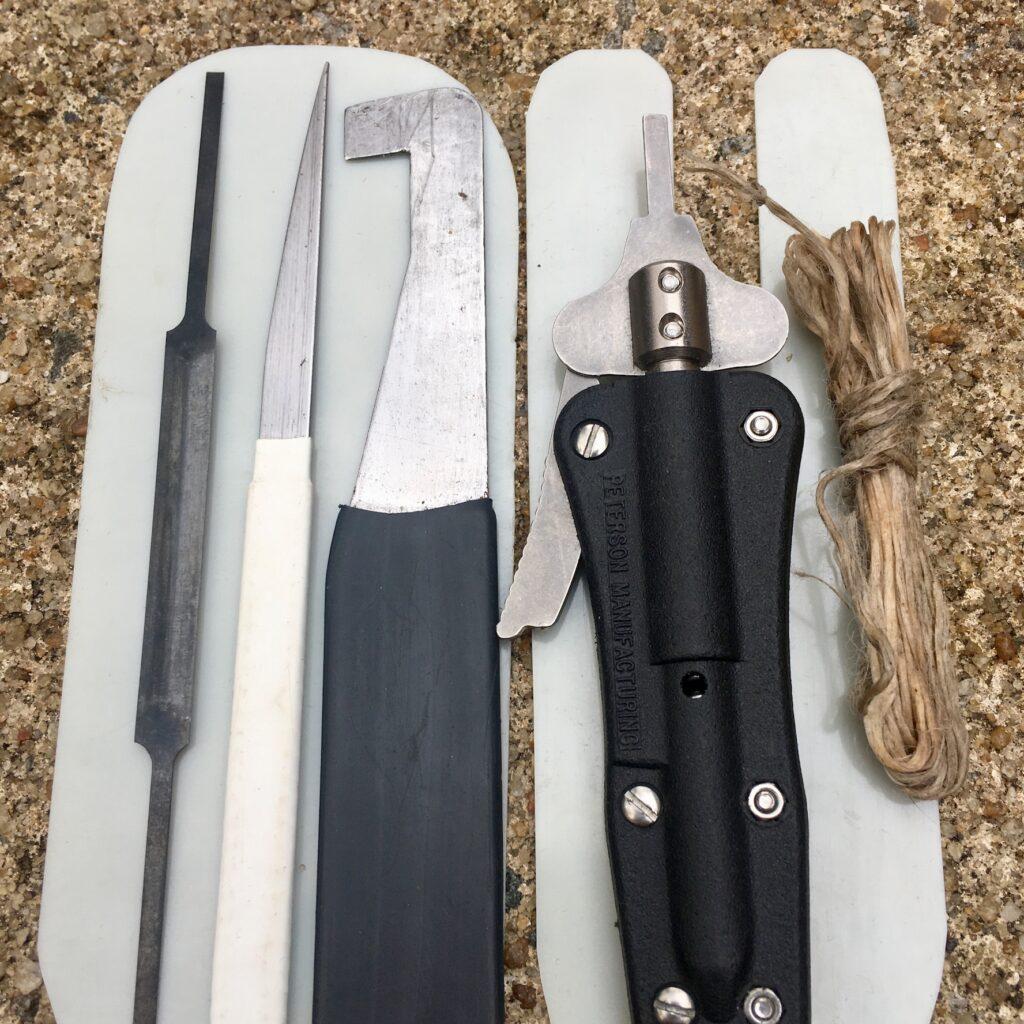 Bypass tools in a generalist lockpicking kit.